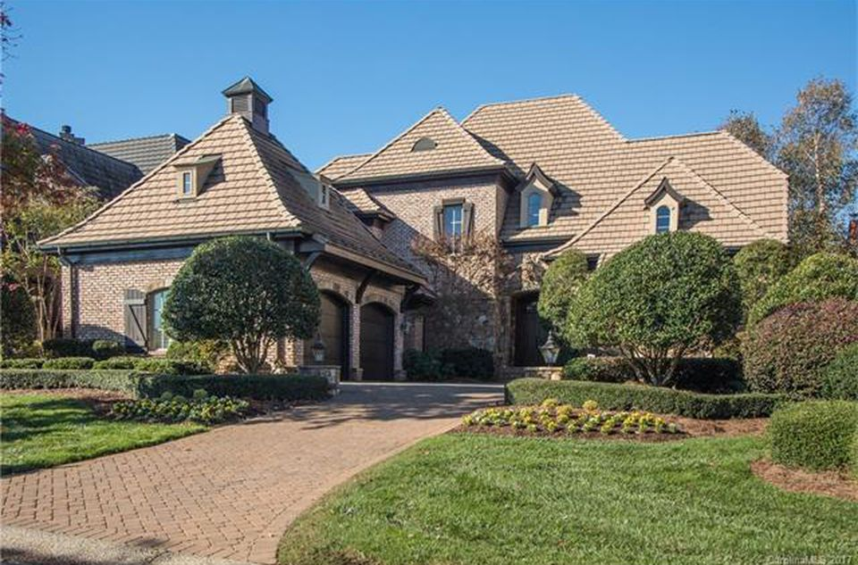Jack Nicklaus Signature Golf Course Home